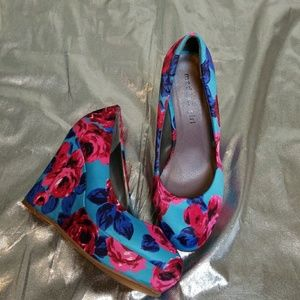 Madden Girl Floral Wedges